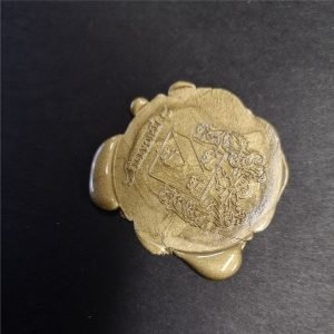sigillo ceralacca con stemma oro